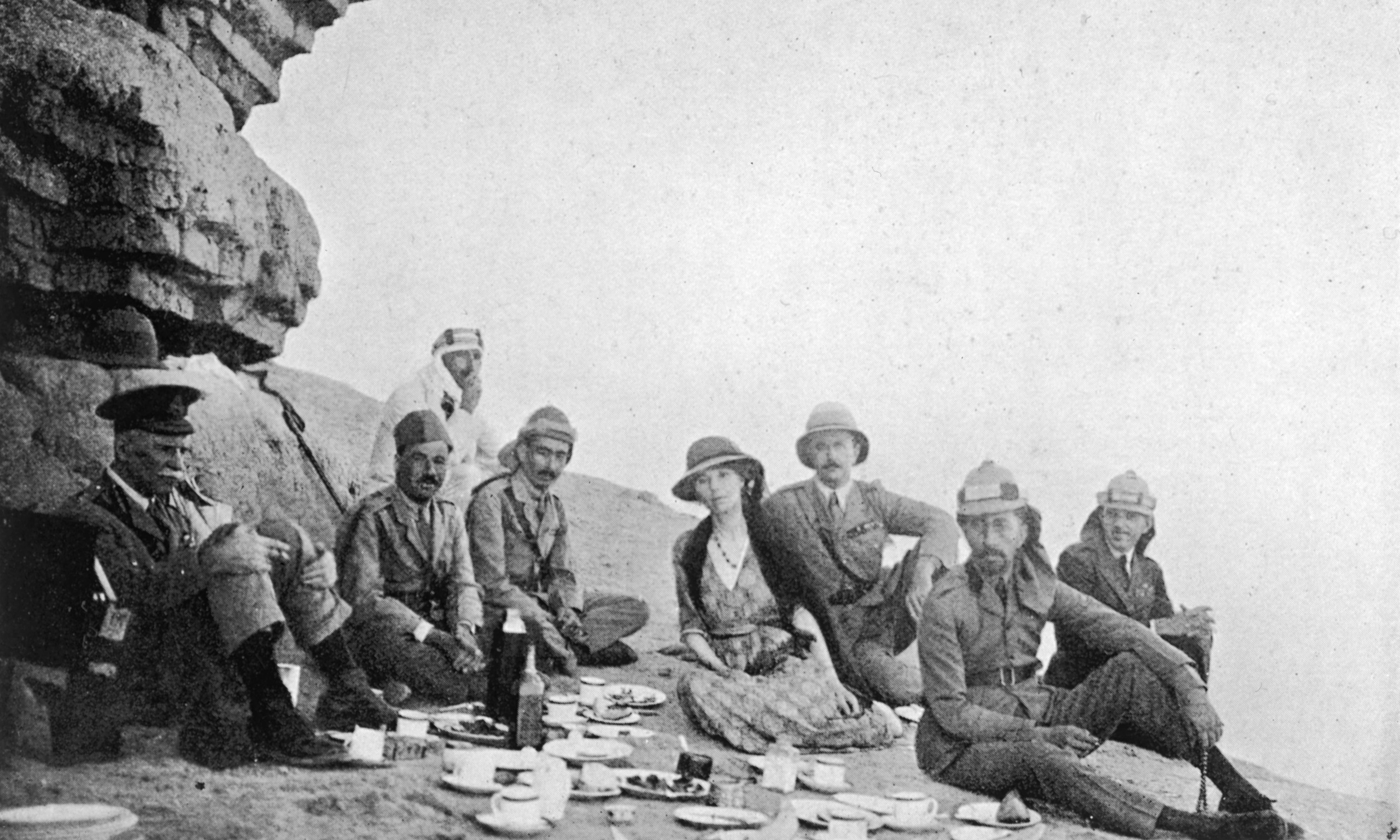 Gertrude Bell Picnics In Iraq, 1922